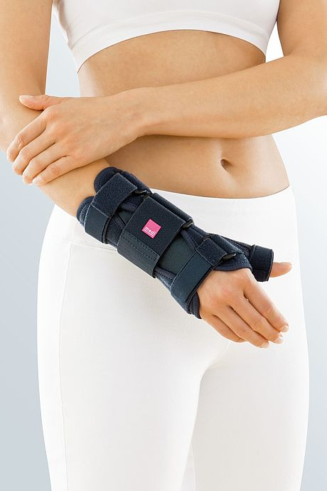 Manumed T wrist orthoses stable immobile