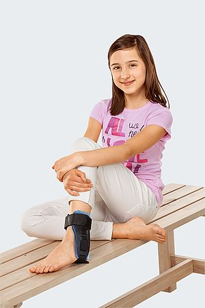 orthosis with cushion for kids ankle