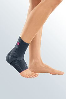 Levamed black ankle supports from medi